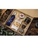 Caja 11. Estuche regalo AOVE + Paté + Queso+ Lomo de Orza + Morcilla